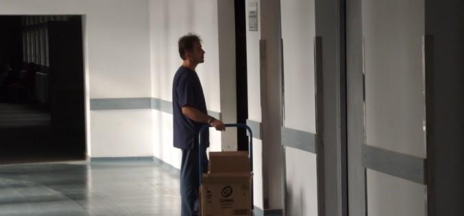 Két felújított lift a megyei kórházban