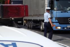 Kamion borult fel Pécska és Nagylak között