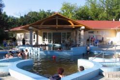 Színes nyári programok Füzesgyarmaton a Kastélypark Fürdőben