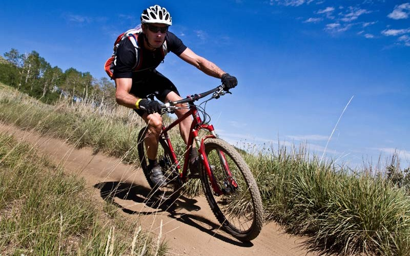 Hegyi kerékpározás Kaszoján
