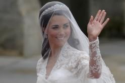 Aradról is öltöztetik Katalin hercegnőt