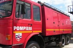 Aradi tűzoltók Krassó-Szörényben segítenek