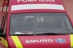 Sebesült rendőrrel borult árokba a mentőkocsi