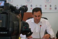 """Falcă """"leügynöközi"""" a kormányfőt"""