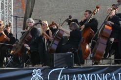 Hétfőn sztrájkolnak a filharmonikusok
