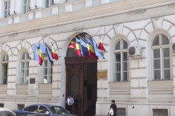 Kirúgták Radu Stoian alprefektust: jön a forradalmár lánya