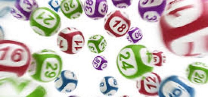 Százezret nyert egy aradi a lottón