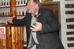 Balla Géza borkóstoltat a Tulipánban