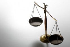 Speckótörvényszékes aradi akaszt bajuszt Iohannis-szal