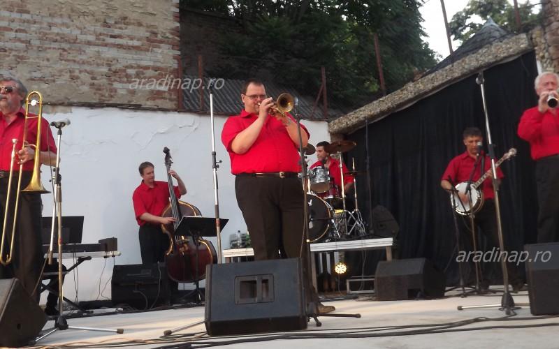 Megvolt az évadszenzáció: a Benkó Dixieland Aradon [VIDEÓ]