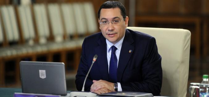 Ponta július 15-ig sztrádát avatna, de erről csak ő tud