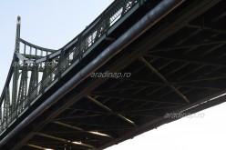 Díszkivilágítják az újaradi hidat