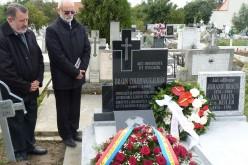 Új síremlék Csibi bácsinak