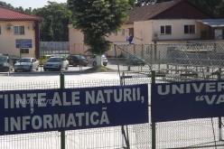 Parkolóügyben a Goldiş Egyetem lefekszik a városnak