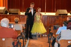 Sikeres zenés műsor és bál Pécskán