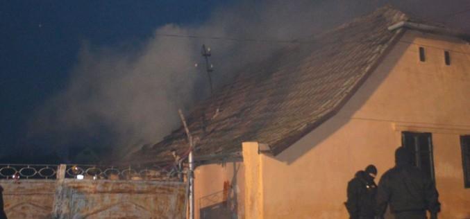 Tragikus tűz Újaradon: két gyermek bent égett