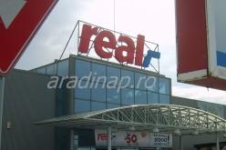Gondban az aradi Real hipermarket: megtőkeinjekciózták