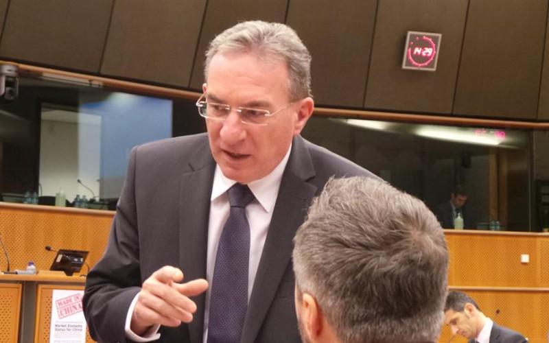 Winkler: védeni kell Európát a kínai dömping ellen