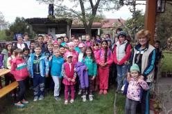 Kisiratosi diákok sütöttek lángost Tornyán