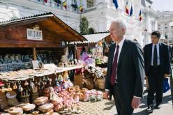 Jó oka lehetett: ma Aradra látogatott az amerikai nagykövet