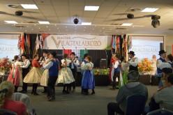 Pécskai táncosok a VI. Magyar Világtalálkozón