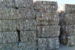 Veszélyeshulladék-biznisz: épp lekapcsoltak 300 tonnát
