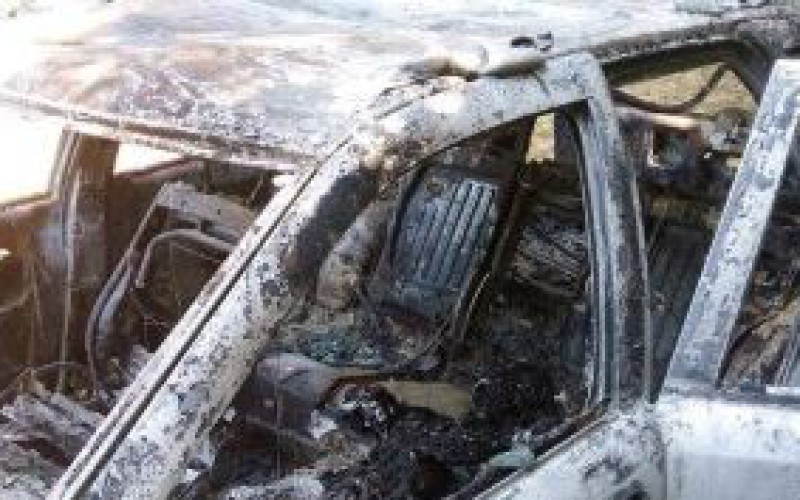 Autójában égett el
