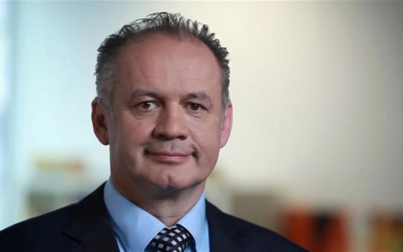 Családi gyász miatt törölték a román és szlovák államfő nagylaki megbeszélését