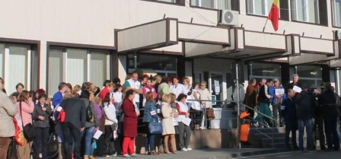 Kórházi kacifánt: otthonról toboroztak sztrájkolókat