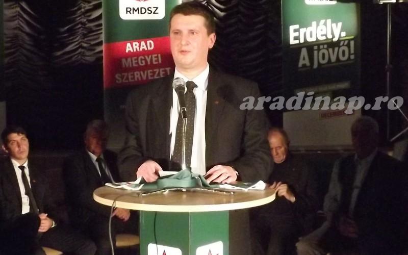 Kitárta a kampánykaput az aradi RMDSZ