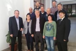 A magyarországi önkormányzatok támogatják az RMDSZ jelöltjeit
