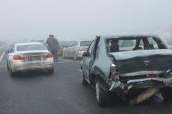 Hármas pléhcsók az autópályán