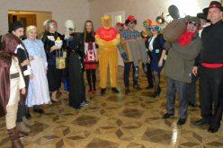 Pécskai farsang: Darth Vader is belekóstolhatott a cipós pörköltbe