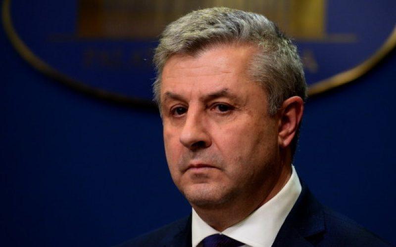 Távozott az igazságügyi miniszter: hamuszórás