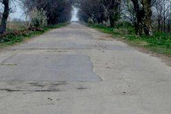 Visszavarrnának 1 200 km utat a községek nyakába