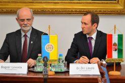 Arad-Pécs testvérvárosok: ma aláírták az idei szerződést