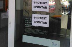 A fináncok folytatják a sztrájkot
