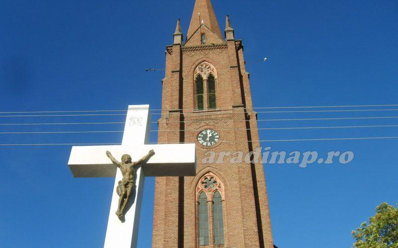 Templombúcsú Pécskán: sztárvendég Solymos Tóni