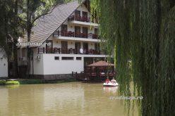 Lejtmenetben Arad turizmusa