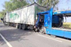 Három kamion szaladt egymásba Simándnál
