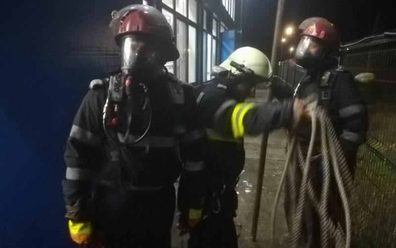 Éjjel dőlt az ammónia egy hűtőházból: dideregtek a tűzoltók