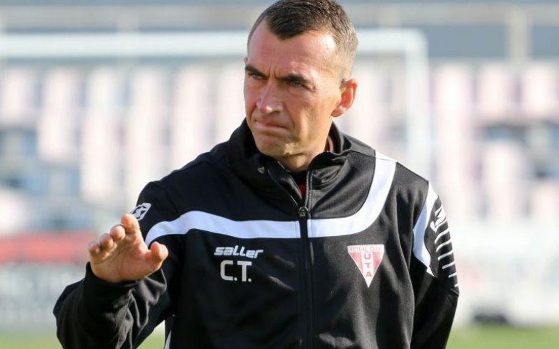 Kínlódás a vergődéssel: UTA-FC Argeş 0-1
