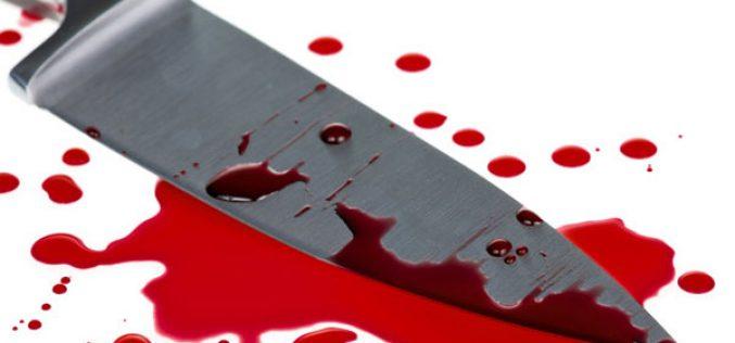 Kést dobott kiskorú leánya után: eltalálta