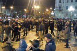 Konkurenciát teremtett a borfesztivál a tüntetéshez