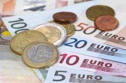 Az ex-rendőrfőnök kutatja, honnan pottyant ölébe 76 ezer euró