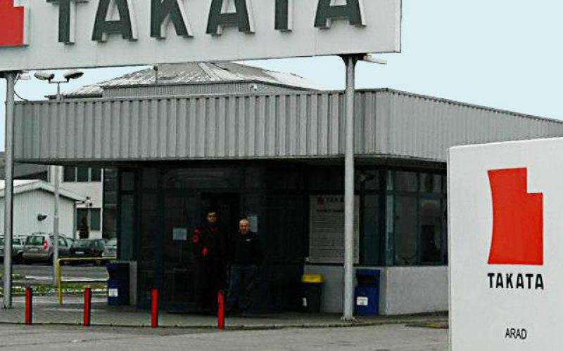 245 dolgozót keres a Takata Aradon