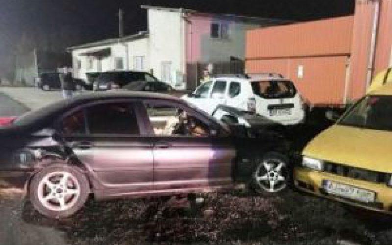 Berúgott a helyi rendőr, majd öt gépkocsin zongorázott végig