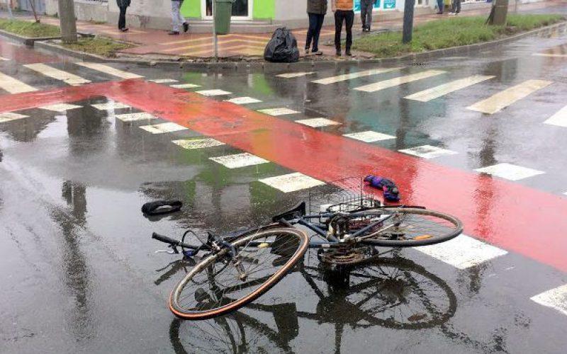 Kerékpárost ütött el egy taxis
