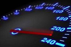 Rekordot döntött a sztrádán: 244 km/óra