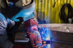 Arad gazdasága: csökkenő ipari termelés, stagnáló munkanélküliség